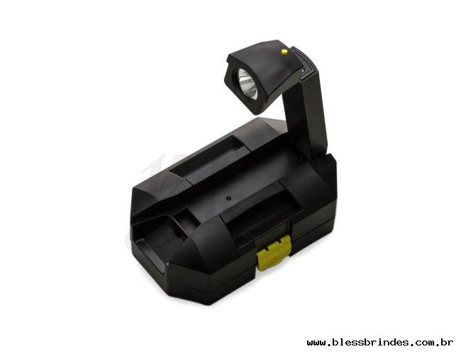 https://www.blessbrindes.com.br/content/interfaces/cms/userfiles/produtos/kit-ferramenta-24-pecas-com-lanterna-preto-6324d1-1505759914-337.jpg