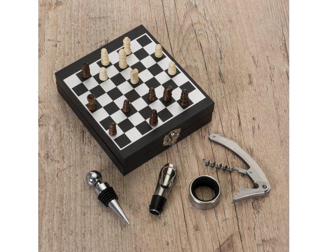 https://www.blessbrindes.com.br/content/interfaces/cms/userfiles/produtos/kit-vinho-xadrez-4-pecas-1970-786-adic.jpg